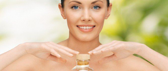 Óleo de Moringa: Benefícios Para Saúde e Beleza - http://comosefaz.eu/oleo-de-moringa-beneficios-para-saude-e-beleza/