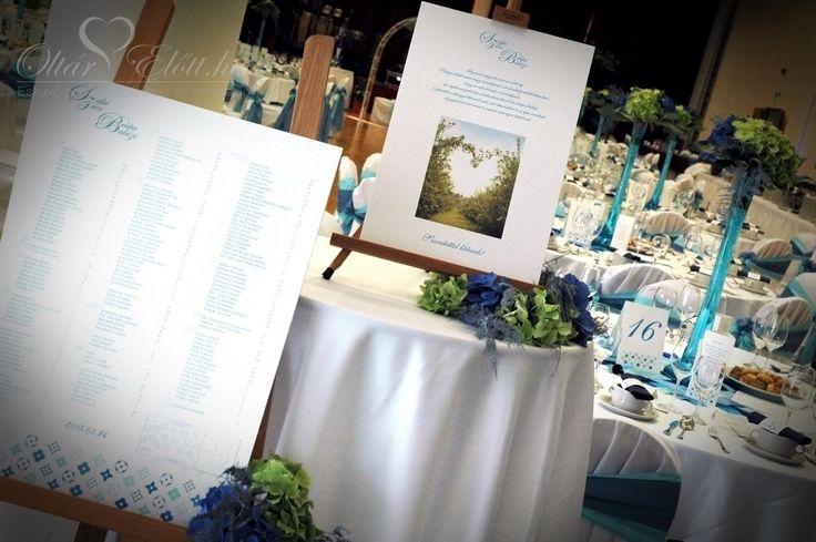 Üdvözlő tabla az esküvő bejáratnál