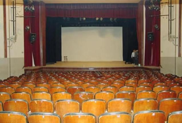 TEATRO LASSERRE http://notirafaela.wordpress.com/2014/05/06/teatro-lasserre/