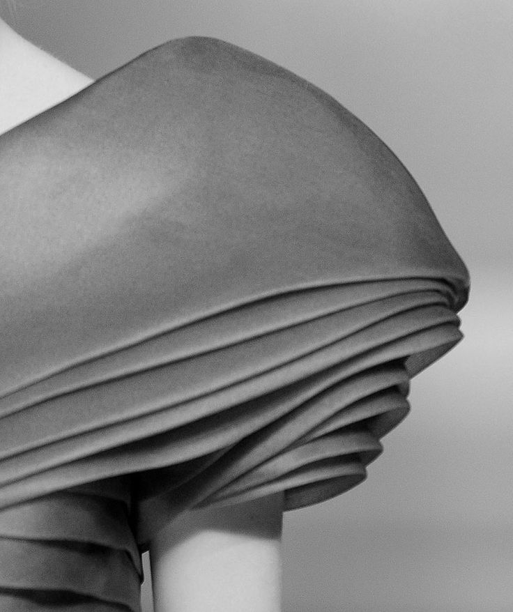 Layered Sleeve detail - fabric manipulation; couture sewing inspiration; fashion close up // Valentino