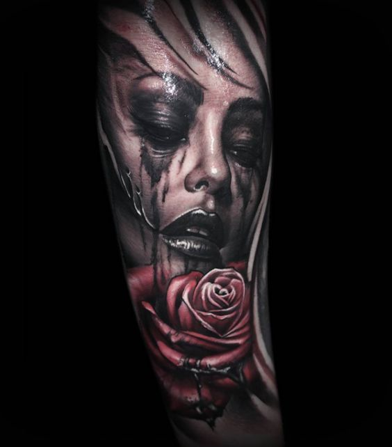 Tattoo Frau Make-up verwischt    tattoo kunst #tattoo #tattoos #tattoodesign #ta…