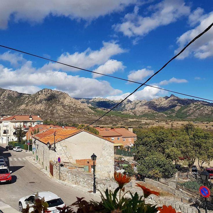 Sierra de los Porrones. La Pedriza #nature #sky #sun #beautiful #pretty #blue #flowers #tree #twilight #clouds #beauty #light #cloudporn #photooftheday #green #skylovers #weather #day #mothernature