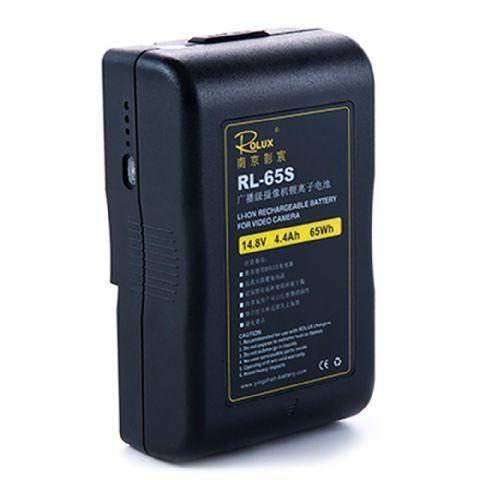 Rolux V-Mount Accu RL-65S 65Wh 148V  De Rolux V-Mount Accu RL-65S is een zeer professionele Lithium Ion accu met een capaciteit van 4.4Ah en 65Wh.De status van de batterij wordt aangegeven middels 4 LED indicatoren aan de zijkant van de accu. Acculader niet inbegrepen.  Toepassing  De oplaadbare accu is te gebruiken in combinatie met alle elektrische apparaten met V-Mount aansluiting zoals bijvoorbeeld LED lampen en videocamera's.  EUR 139.95  Meer informatie