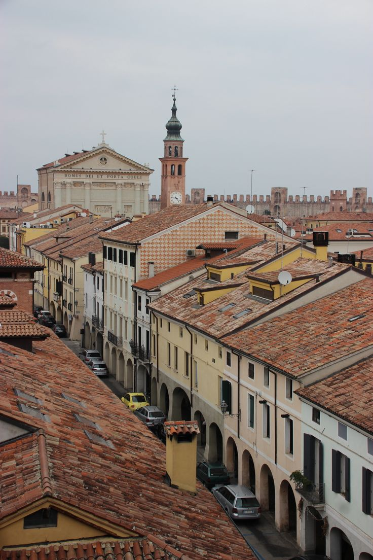 #Cittadella  (Padova) vista del centro dalle mura medioevali