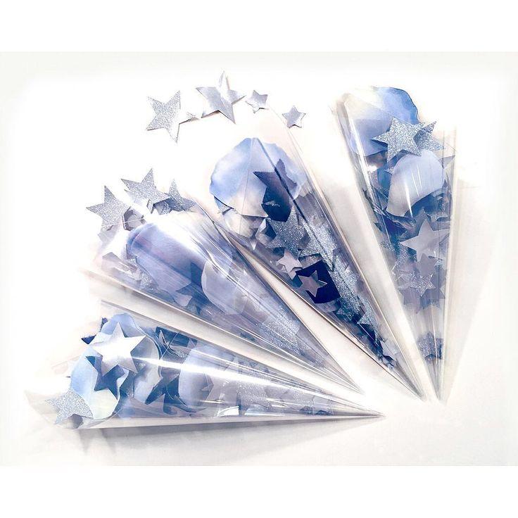 いいね!141件、コメント10件 ― ayakaさん(@hamring_wd)のInstagramアカウント: 「. スターシャワー* . . 結婚式のテーマが「星空の階段」なので、もちろんスターシャワーを作成! . いろんな星をミックスしました。 星のサイズは、立体的に跡が付く中型と、1センチちょっとの小型。…」