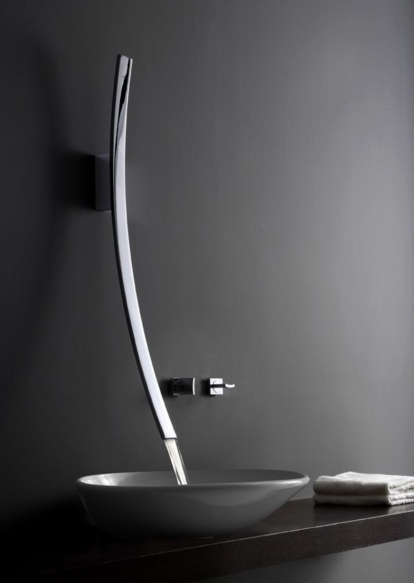 Coolest faucet ever! I WANT DIS IN MA HOUSE!!!!!!!