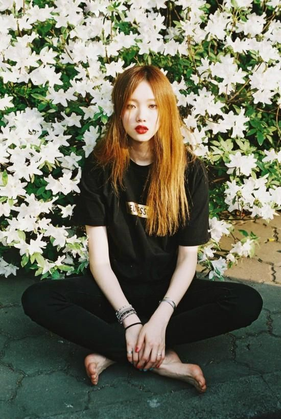 "Lee Sung Kyung Models For Her Personal PhotoBook ""Be Joyful"" 