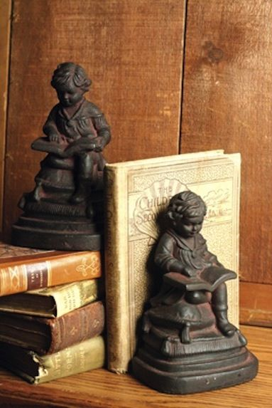 Reading bookends