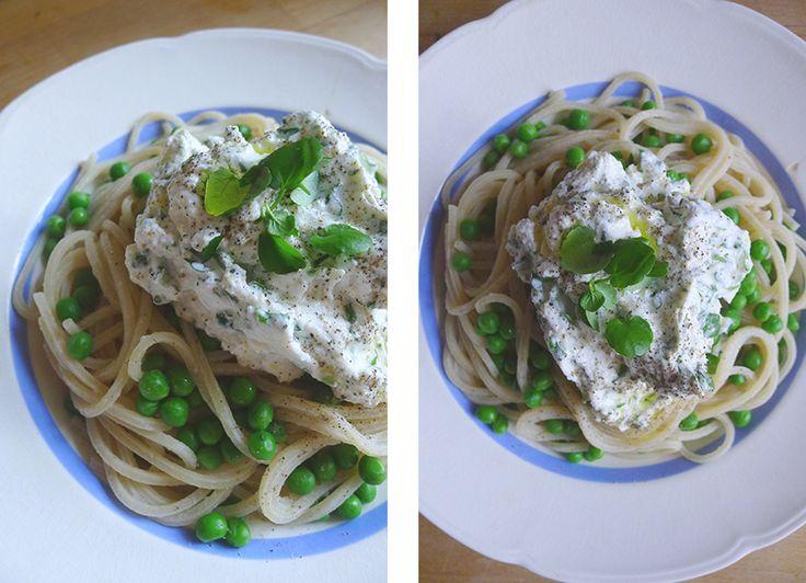 Pasta primavera med ærter og urtericotta