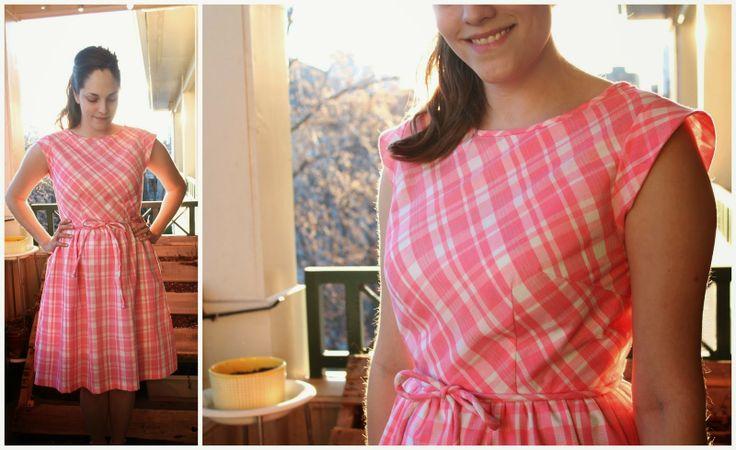 Mad Men Dress Challenge, Round 3.  Pink, Plaid, Peggy dress!