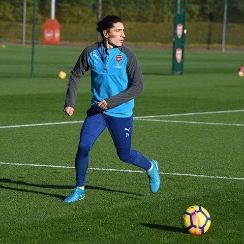 Hector Bellerin #Arsenal #training #AFCvMUFC #COYG  #PremierLeague