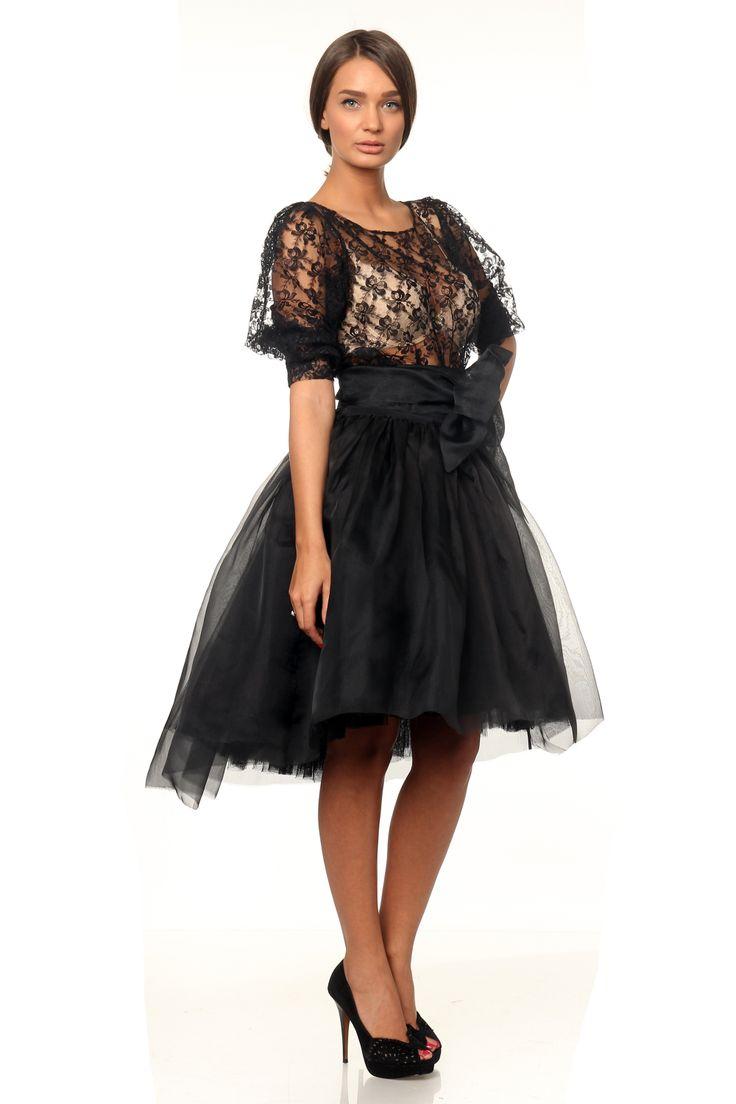 Marie Ollie asymmetric skirt - www.marieollie.com