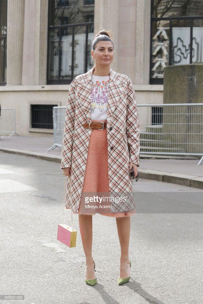 02127f7ce Street Style   Paris Fashion Week Womenswear Fall Winter 2018 2019   Day  Nine