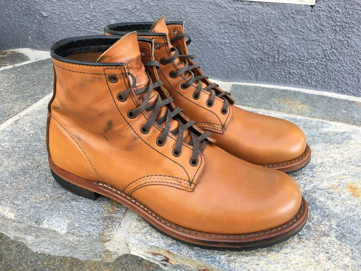 care and maintenance on red wing featherstone chestnut can be easy #menswear #menstyle #mensstyle #mensfashion #mensboots #workwear #redwingheritage #redwingshoes #redwingboots #myredwings #redwing9013 #featherstone #chestnut #mybeckmans #beckman #usbootsfreak