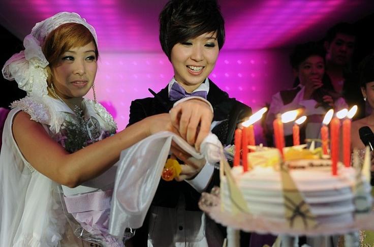 Cele mai impresionante poze de nuntă din întreaga lume  http://www.viza.md/content/cele-mai-impresionante-poze-de-nunt%C4%83-din-%C3%AEntreaga-lume