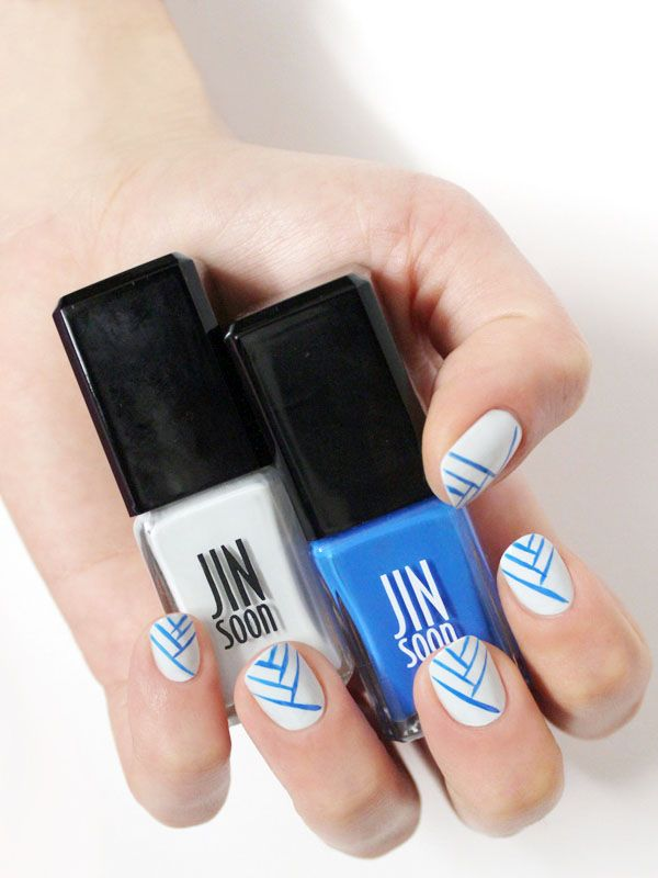 Easy, breezy blue lines on white, by celebrity manicurist Jin Soon Choi: http://beautyeditor.ca/2014/06/02/line-nail-art/