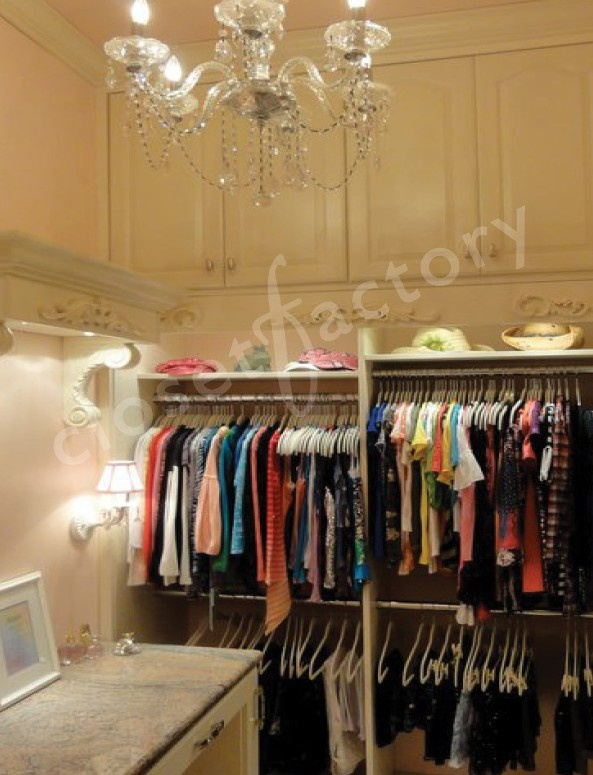 What little girl wouldn 39 t love this dreamy closet with all for California closets hawaii