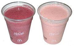 Machen Sie Ihren Smoothie wie McD! Variation von den Mädchen an der Tafel: 1 Ba …   – foods