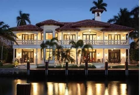 Call The Luxury Real Estate Properties of Shai Mashiach at (954) 816-7070 for more information on Las Olas Isles luxury properties