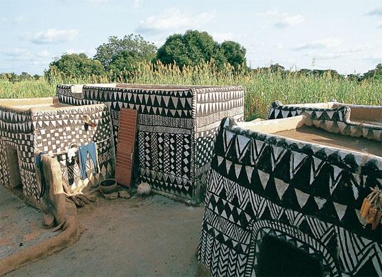 Casas típicas de la arquitectura Gurunsi, Burkina Faso