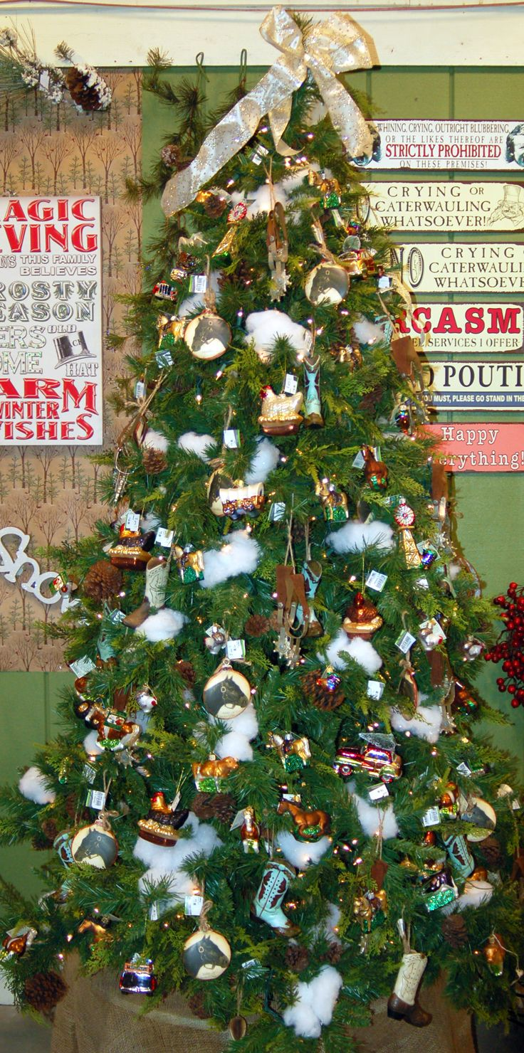 Western Farm Theme Christmas Tree Filled With Cowboy
