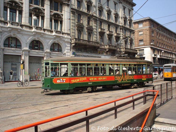 .... vettura (Peter Witt del 1928) versione bicolore verde, ATM-1847 (tram x tour della città) .... 07 apr 2005 - © Umberto Garbagnati -