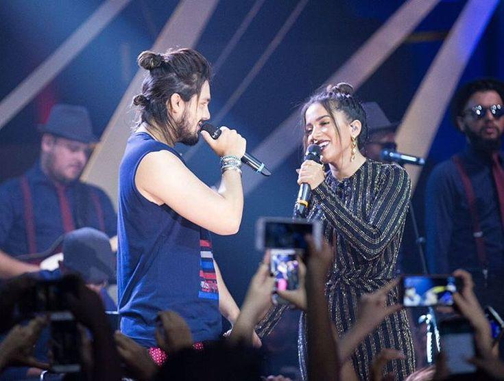 Anitta usa look brilhante na estreia da nova temporada do 'Música Boa'
