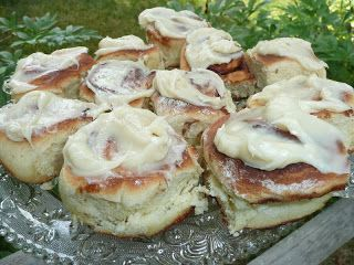 Everyday Dutch Oven: Cinnamon Rolls with Cream Cheese Glaze