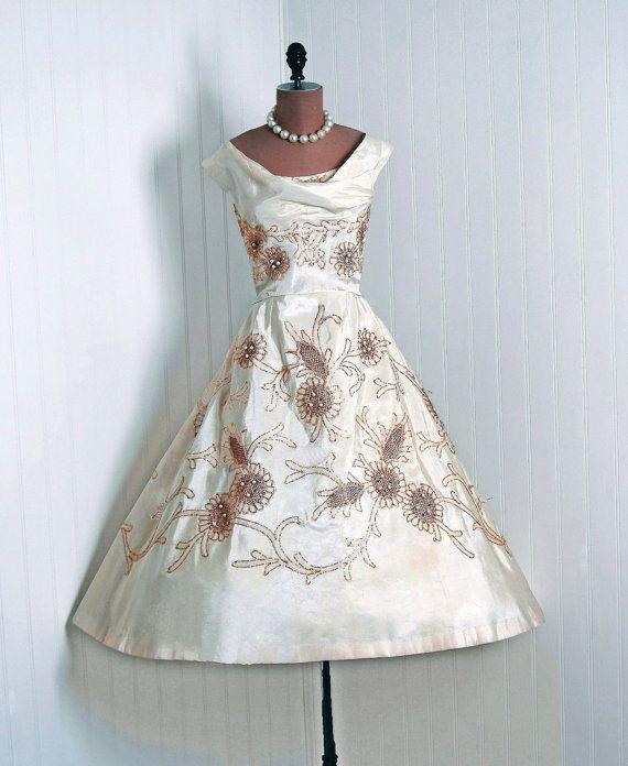 1950's Ceil Chapman A-line Dress www.vintageclothin.com
