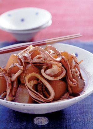 いかはさっと煮て取り出すのがポイント。大根はことこと煮て、味をしっかり含ませて。
