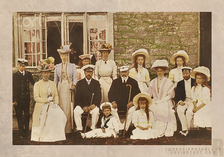 Left to right: Prince Edward, Mary of Teck, Queen Alexandra, Princess Mary, Tsar Nicholas II, Princess Victoria of Wales, Tsarevich Alexei, King Edward VII, GD Olga, GD Anastasia, Tsarina Alexandra, GD Tatiana, Prince George, GD Maria.