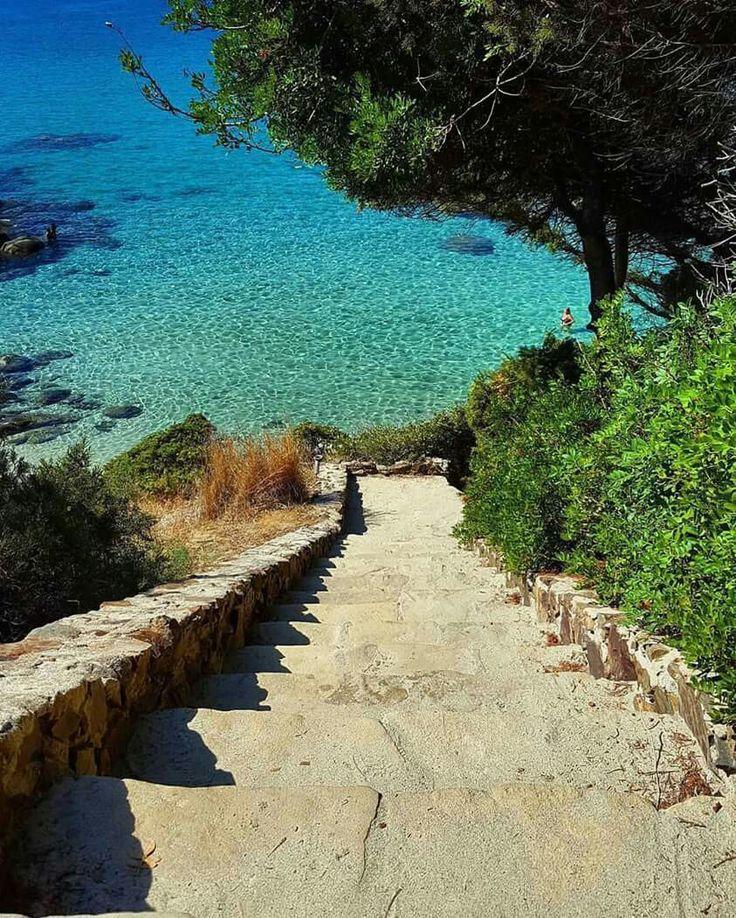 Una scala per il paradiso ! Porto Sa Ruxi - Villasimius  #Sardinia #Cerdeña