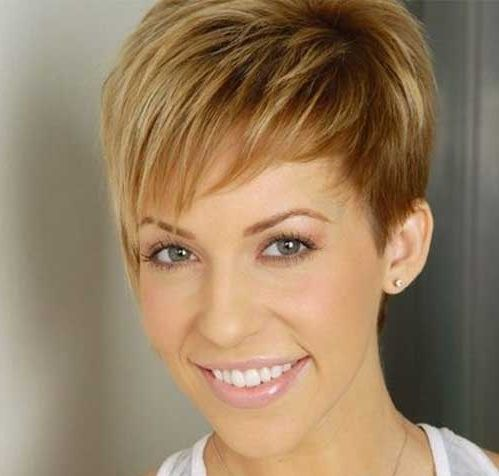 best way to style short hair 1000 ideas about asymmetrical pixie cuts on 6978 | cf444806544ae81589f9dc97f75e42e8