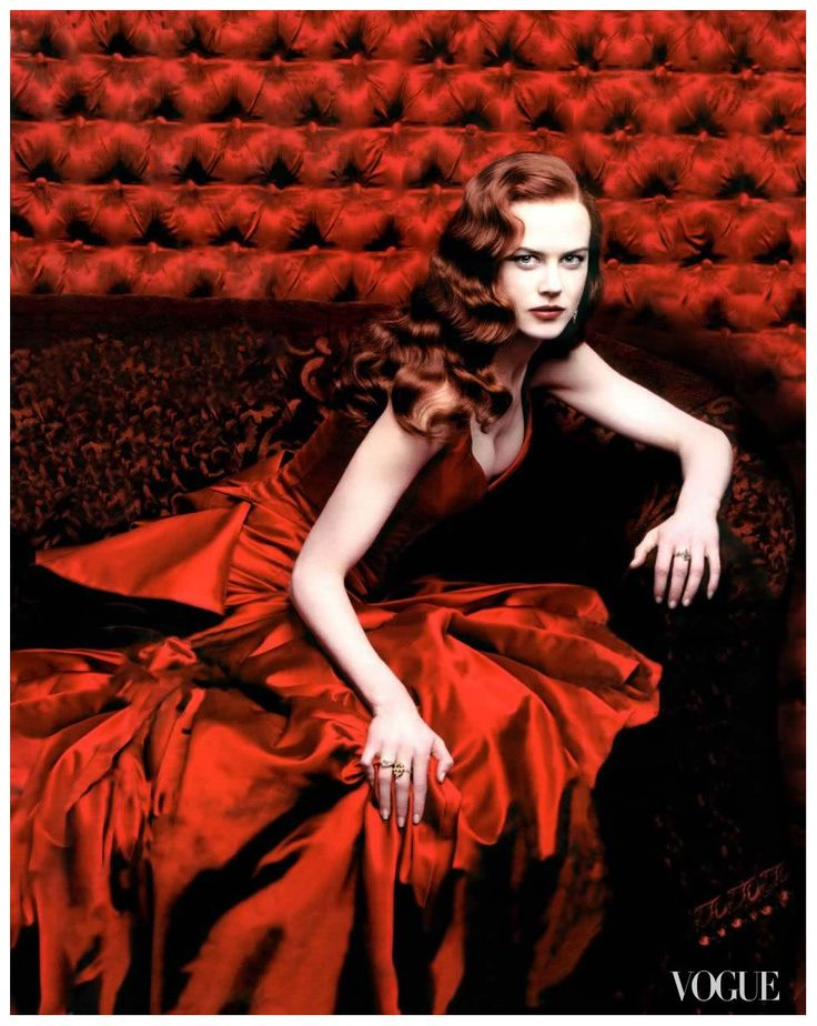 Nicole Kidman as Satine in Moulin Rouge photographed by Annie Leibovitz for Vogue, December 2000