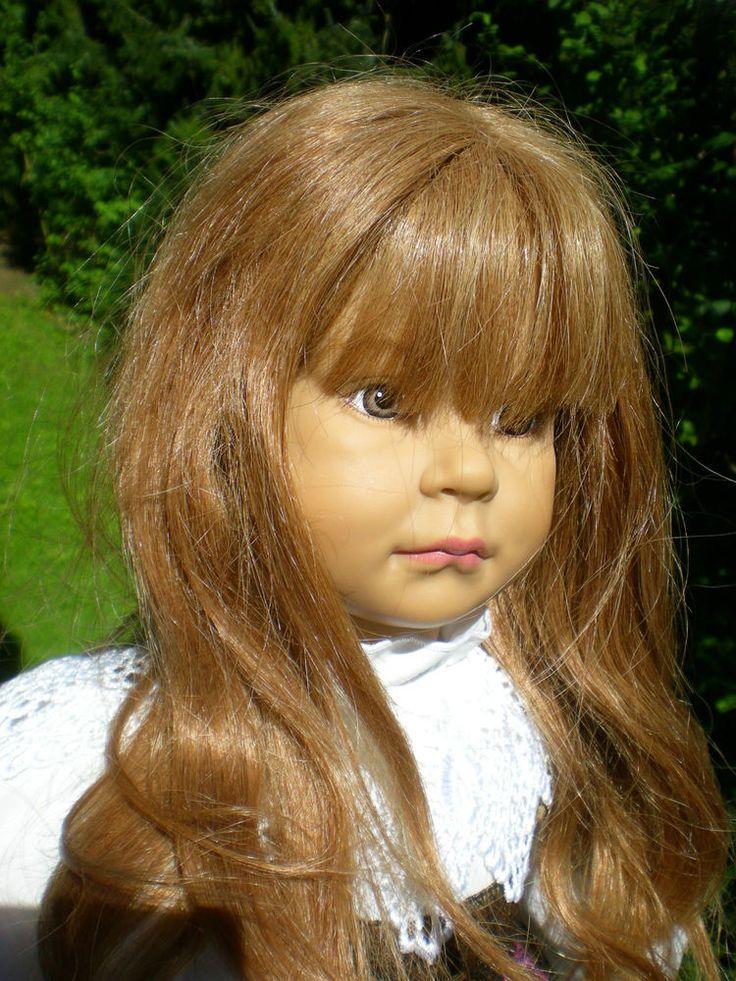 Sigikid Puppe iwi 58 cm braune Haarperücke Originalkleidung Sammlerpuppe Doll