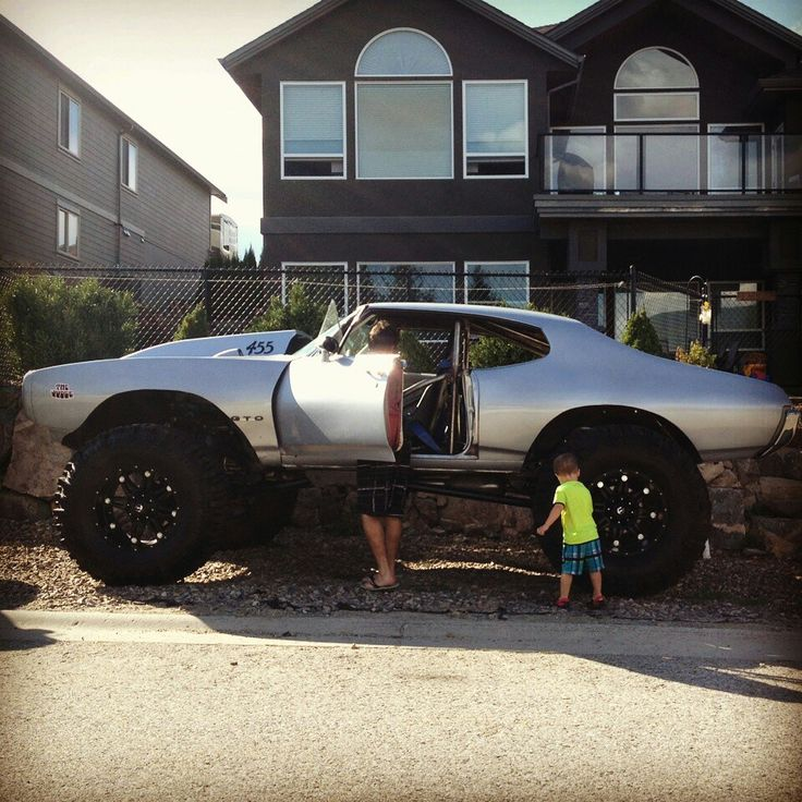 Lifted Muscle Car Yes Please: 4x4 Lifted Pontiac GTO