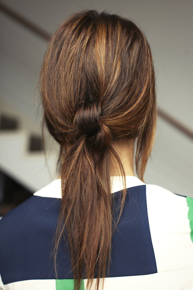 3 Chic Knotted Hair Styles To Try Now #refinery29  http://www.refinery29.com/hair-knot#slide6  Look 2: Knotty Girl Ponytail