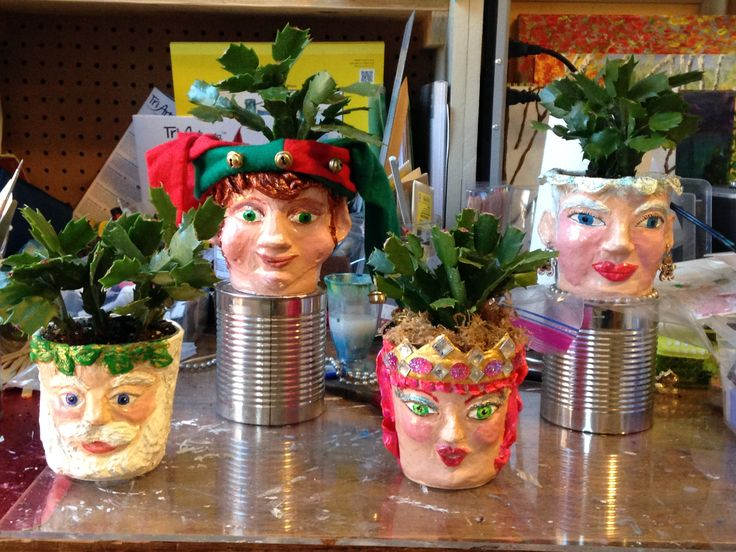 These are sculpted pots I made for teacher gifts.  The plants are Christmas Cactus'.  They were fun to make!!!  Xmas 2016