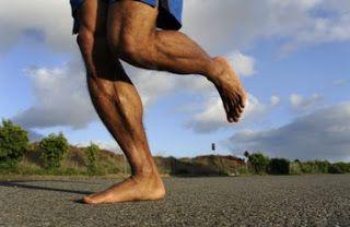 VFX Runners: Correr descalço  Por certo já vos passou pela cabeça experimentar correrem descalços, ou por terem visto alguém a correr sem sapatilhas ou por lerem em alguma revista ou site.