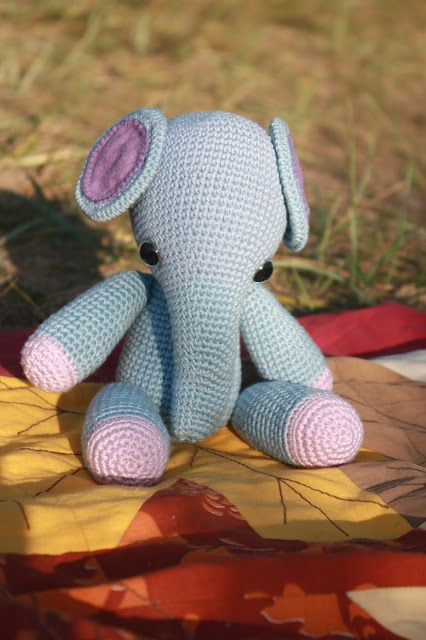 Amigurumi Elephant Pattern with Katia Bamboo yarn Katia ...