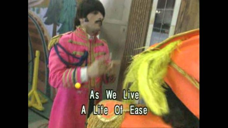 The Beatles - Yellow submarine (Video Official)