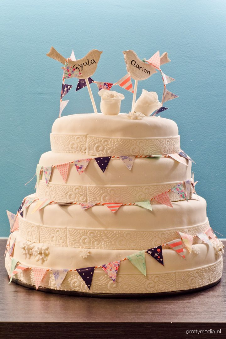 Weddingcake lovebirds4