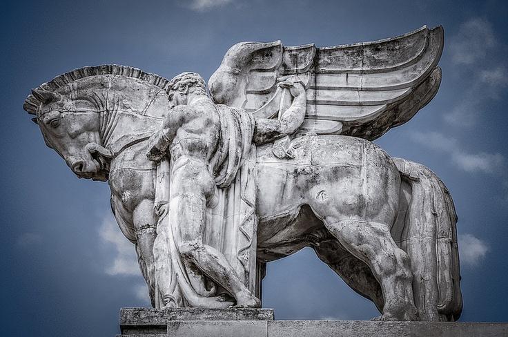 Pegasus Statue on the Stazione di Milano Centrale - Milan Italy   Flickr - Photo Sharing!