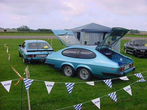 Ford Capri con caravana