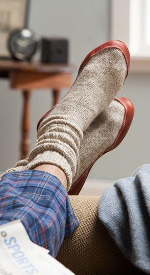 Acorn ragg wool slipper socks for men and women feature padded top-grain leather soles. Wool slipper socks like the ones worn on NASA space flights.