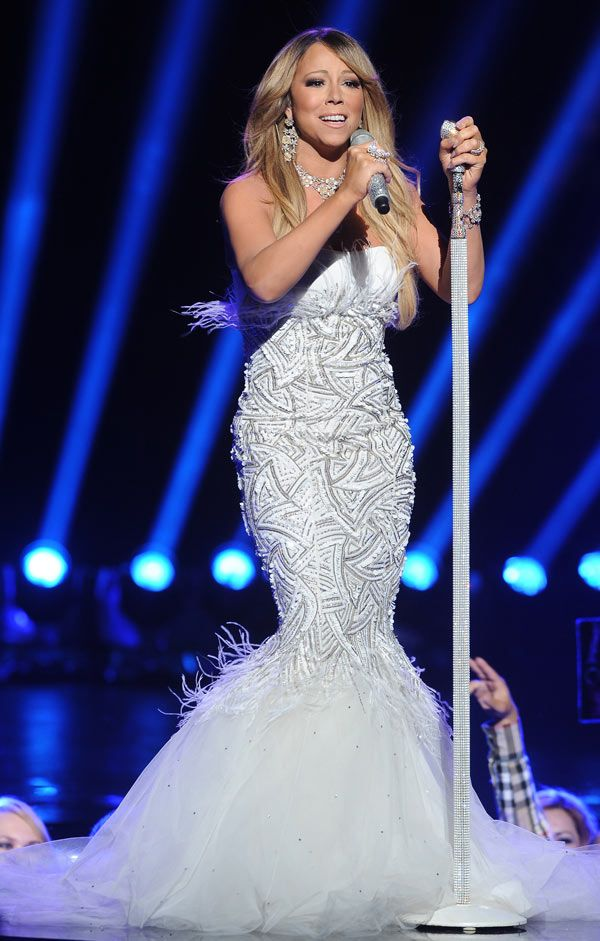 Mariah Carey Performs On 'American Idol' Finale In White HotGown