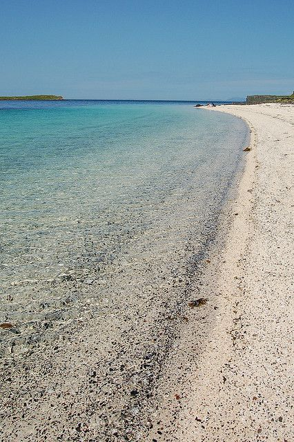Coral Beach shoreline * Dunvegan, Isle of Skye.