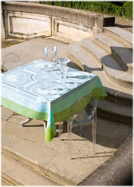 Nappe carrée Jardin royal fontaine Le Jacquard Français