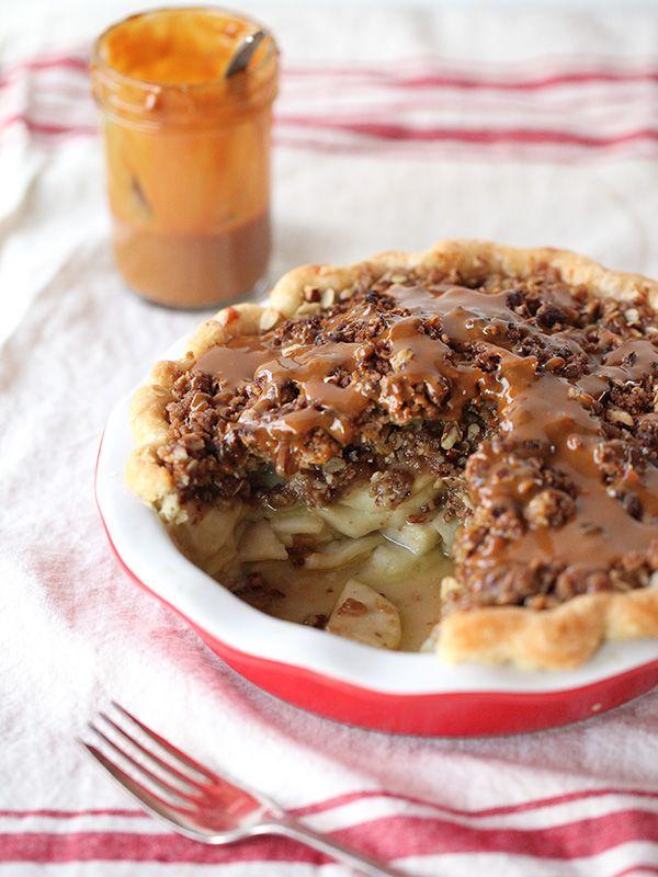 Pioneeer Woman's Caramel Apple Pie
