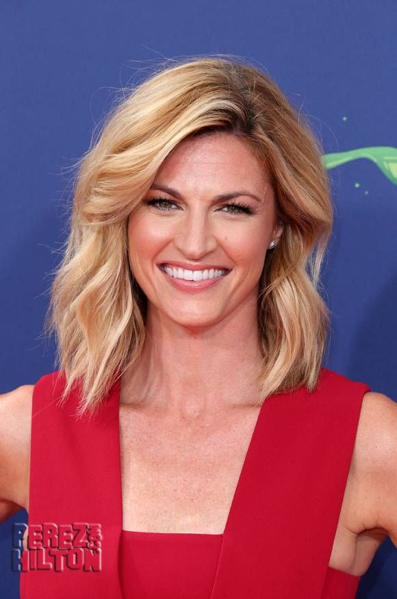 Erin Andrews Sues Hotel For $75 Million In Peeping Tom Case!